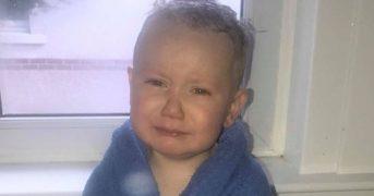 Мама трехлетнего малыша помыла ему голову 23 раза и вот почему она это сделала